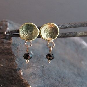 14k Yellow gold earrings with Black Spinel.Handmad